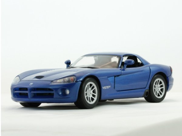 DODGE Viper SRT-10 - 2003 - bluemetallic - MotorMax 1:24
