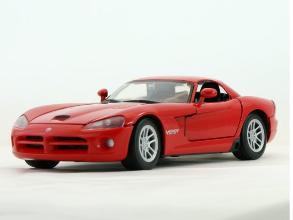 DODGE Viper SRT-10 - 2003 - red - MotorMax 1:24