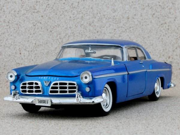 CHRYSLER C 300 - 1955 - bluemetallic - MotorMax 1:24