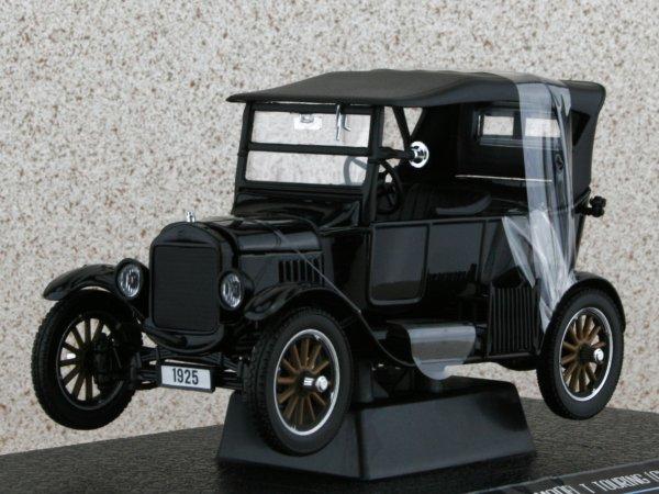 FORD Model T Touring - 1925 - black - Sun Star 1:24