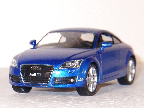 AUDI TT Coupe - bluemetallic - WELLY 1:24
