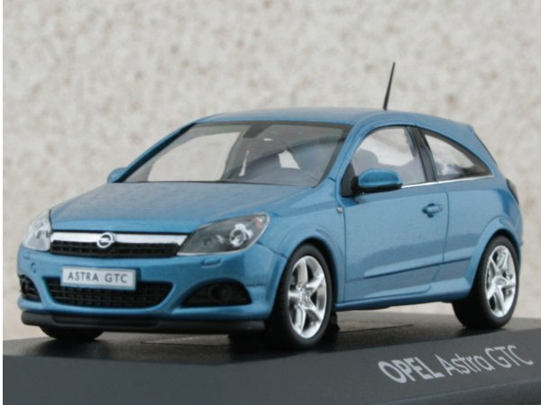 OPEL Astra GTC - bluemetallic - Minichamps 1:43
