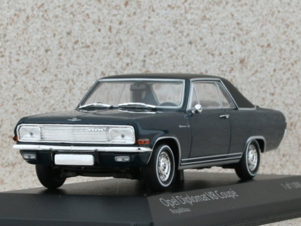 OPEL Diplomat V8 Coupe - 1965 - Royal blue - Minichamps 1:43