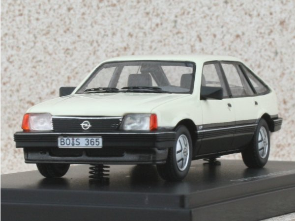 OPEL Ascona C - 1981 - white - BoS - Best of show 1:43