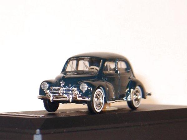 RENAULT 4 CV - 1954 - darkgreen - SOLIDO 1:43