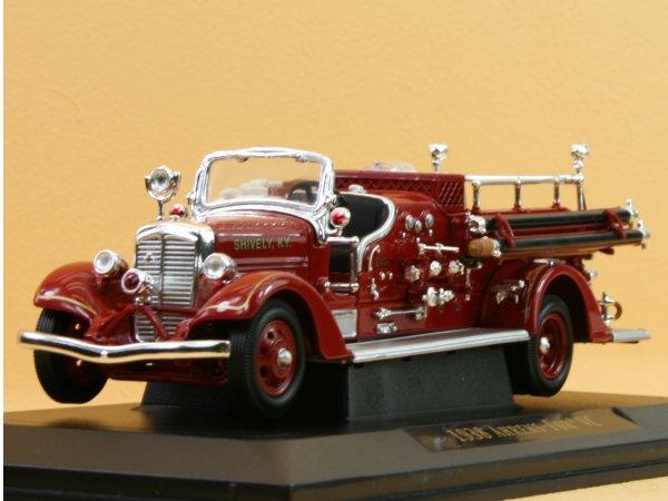 AHRENS-FOX VC - 1938 - Firetruck - YATMING 1:43