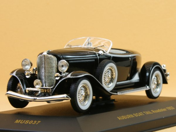 AUBURN Boat Tail Roadster - 1933 - black - IXO 1:43
