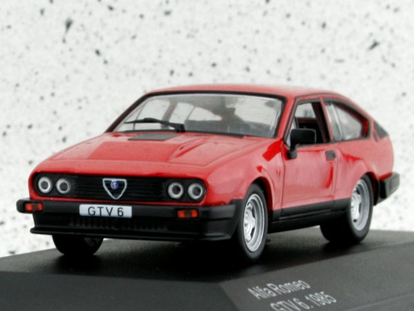 ALFA ROMEO GTV 6 - 1985 - red - WhiteBox 1:43