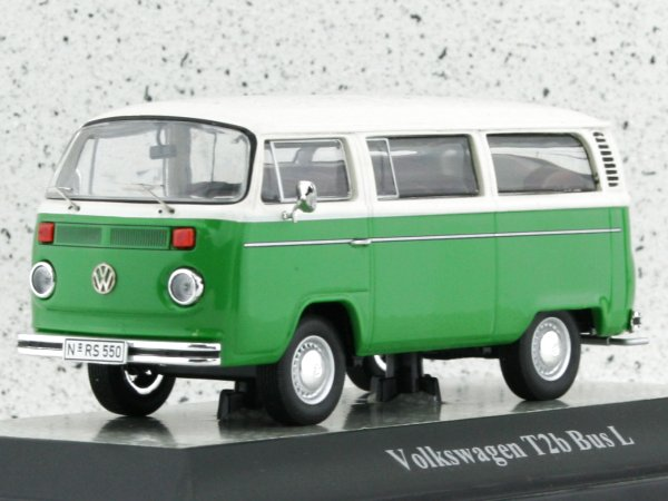 VW Volkswagen T2b Bus L - Pastelweiss / Taigagrün - Premium Classixxs 1:43