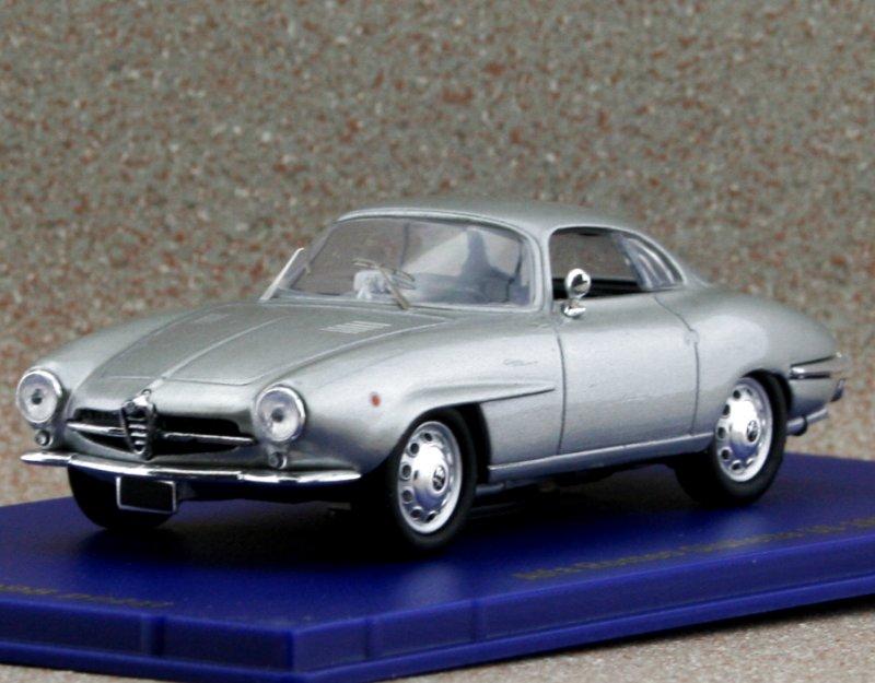 ALFA ROMEO Giulietta SS - 1959 - silver - M4 1:43