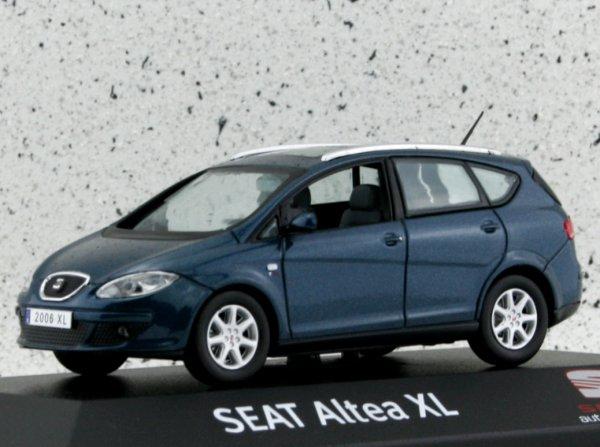 miniatuur 3 - SEAT Altea XL - bluemetallic - Dealer Model 1:43
