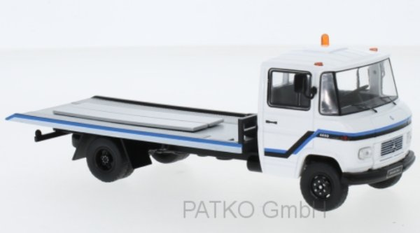 MB Mercedes Benz L608 D - 1980 - white - IXO 1:43