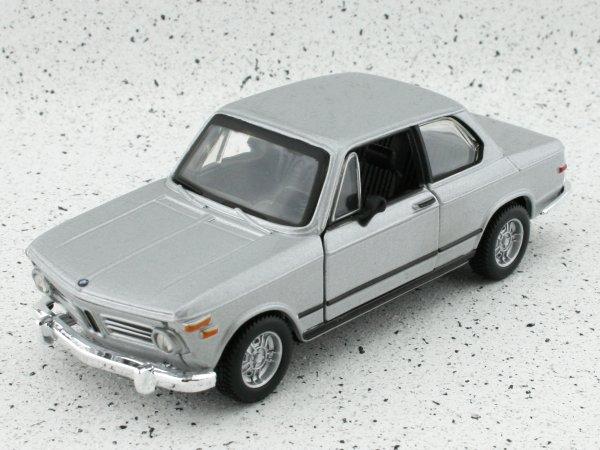 BMW 2002 Tii - 1972 - silver - Bburago 1:32