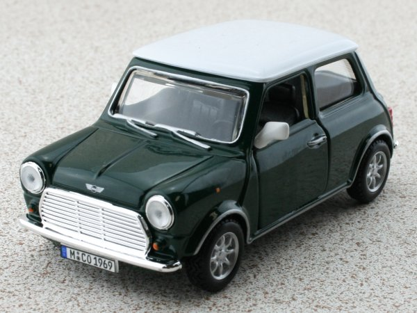 MINI Cooper - green - Bburago 1:32