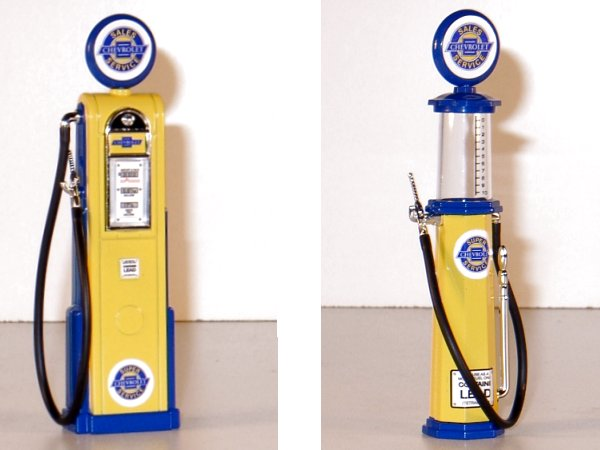 CHEVROLET Gas Pump / Zapfsäule  - Set of 2 pieces - YATMING 1:18