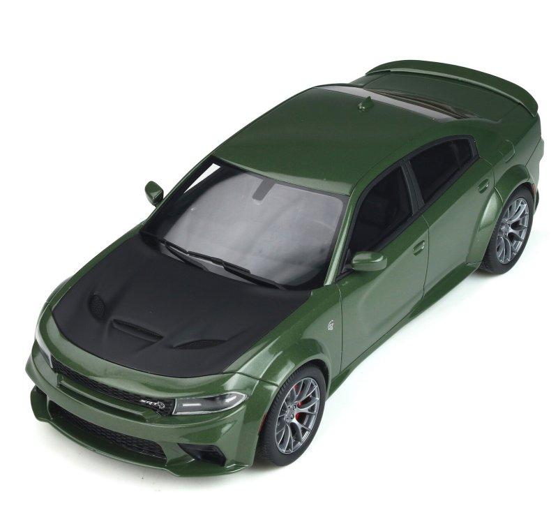 miniatuur 2 - DODGE Charger SRT Hellcat - Widebody - greenmetallic - GT Spirit 1:18