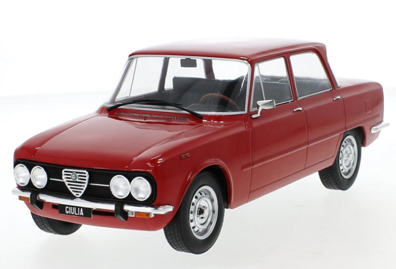 ALFA ROMEO Giulia Nuova Super - 1974 - red - MCG 1:18