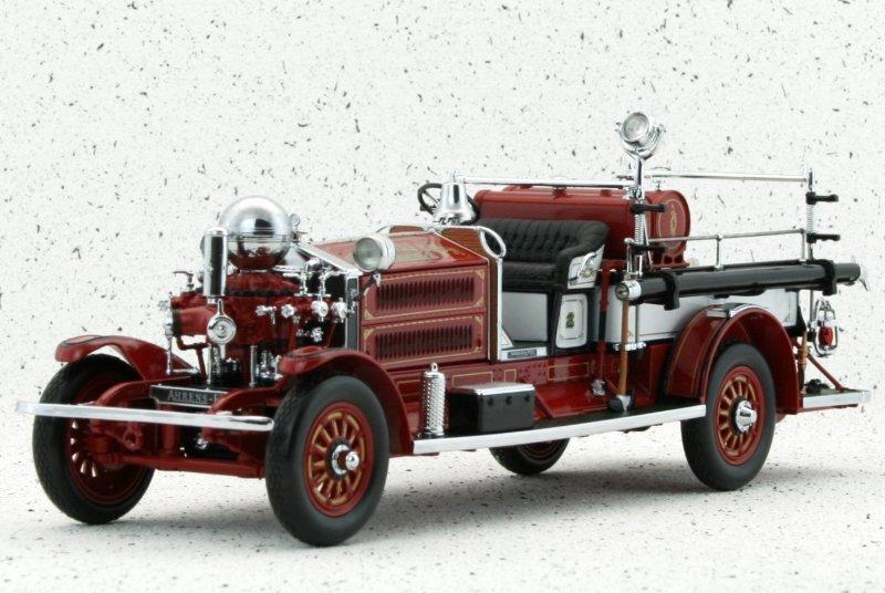 AHRENS-FOX N-S-4 - Nashua - 1925 - Firetruck - YATMING 1:24
