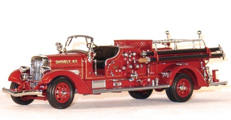 AHRENS-FOX VC - 1938 - Firetruck - YATMING 1:24