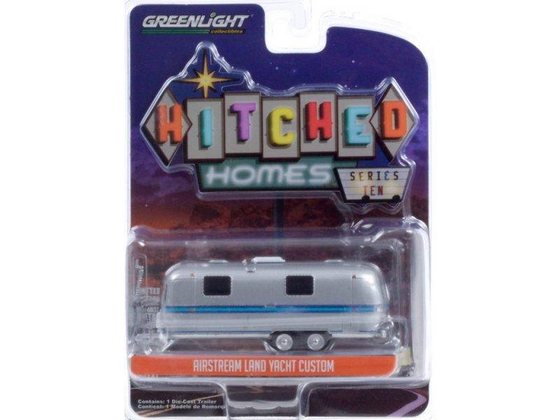 AIRSTREAM Land Yacht Custom - silver / blue - Greenlight 1:64