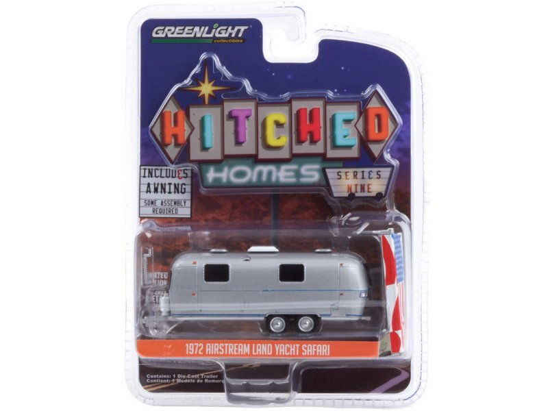 AIRSTREAM Land Yacht Safari with Awning - 1972 - silver - Greenlight 1:64