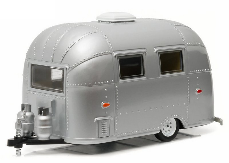 AIRSTREAM 16` Bambi - Camper / Wohnwagen - silver - Greenlight 1:24